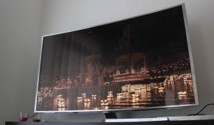 "Samsung JS9500 Series 65 ""Class 3D 4K SUHD Curved Smart LED TV"